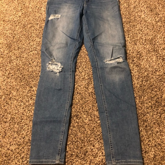 Old Navy Denim - Old Navy Ripped Skinny Jeans.